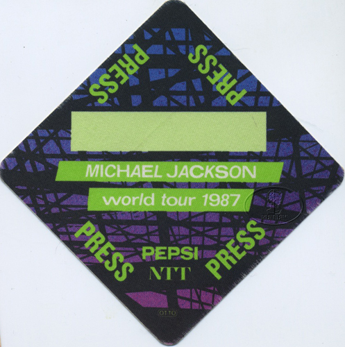 MICHAEL JACKSON 1987 BAD TOUR Backstage Pass PRESS grn